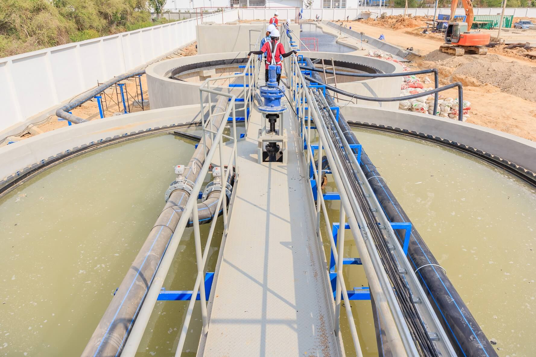 modern-urban-wastewater-treatment-plant